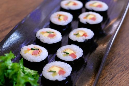 애기김밥 (Aegigimbap)