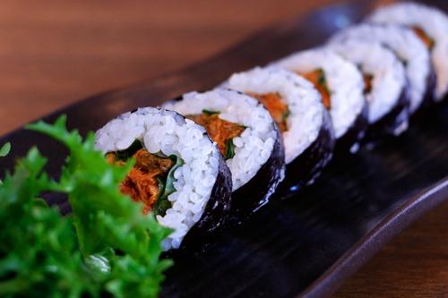 김치김밥 (Kimchigimbap)